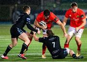 23 November 2020; Jean Kleyn of Munster is tackled by Tom Gordon of Glasgow Warriors during the Guinness PRO14 match between Glasgow Warriors and Munster at Scotstoun Stadium in Glasgow, Scotland. Photo by Bill Murray/Sportsfile