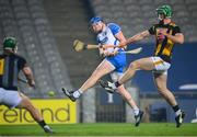 28 November 2020; Austin Gleeson of Waterford has a shot on goal despite the attention of of Tommy Walsh of Kilkenny during the GAA Hurling All-Ireland Senior Championship Semi-Final match between Kilkenny and Waterford at Croke Park in Dublin. Photo by Stephen McCarthy/Sportsfile