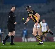 28 November 2020; Walter Walsh of Kilkenny, with referee Fergal Horgan looking on, during the GAA Hurling All-Ireland Senior Championship Semi-Final match between Kilkenny and Waterford at Croke Park in Dublin. Photo by Ray McManus/Sportsfile