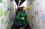 30 November 2020; Jamie Finn admires school kids artwork following a Republic of Ireland training session at Tallaght Stadium in Dublin. Photo by Stephen McCarthy/Sportsfile