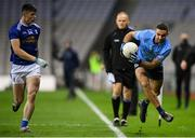 5 December 2020; James McCarthy of Dublin attempts to keep the ball in play under pressure from James Smith of Cavan during the GAA Football All-Ireland Senior Championship Semi-Final match between Cavan and Dublin at Croke Park in Dublin. Photo by Stephen McCarthy/Sportsfile