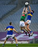 6 December 2020; Conal Kennedy of Tipperary catches a kickout from Conor Loftus of Mayo during the GAA Football All-Ireland Senior Championship Semi-Final match between Mayo and Tipperary at Croke Park in Dublin. Photo by Brendan Moran/Sportsfile