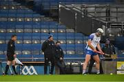 13 December 2020; Waterford manager Liam Cahill watches Stephen Bennett prepare to take a free during the GAA Hurling All-Ireland Senior Championship Final match between Limerick and Waterford at Croke Park in Dublin. Photo by Piaras Ó Mídheach/Sportsfile