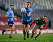 19 December 2020; Brian Fenton of Dublin in action against Ryan O'Donoghue of Mayo during the GAA Football All-Ireland Senior Championship Final match between Dublin and Mayo at Croke Park in Dublin. Photo by Stephen McCarthy/Sportsfile