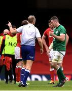 7 February 2021; Peter O'Mahony of Ireland leaves the pitch on being shown a red card by referee Wayne Barnes during the Guinness Six Nations Rugby Championship match between Wales and Ireland at the Principality Stadium in Cardiff, Wales. Photo by Ben Evans/Sportsfile