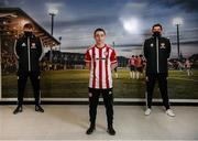 10 February 2021; Derry City new loan signing Joe Hodge with manager Declan Devine, right, and Paddy McCourt, Derry City Academy Director, left, at their training facility in Elagh Busniess Park, Derry. Photo by Stephen McCarthy/Sportsfile