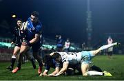 28 February 2021; Cian Kelleher of Leinster on his way to scoring his side's sixth try as Jimmy O'Brien of Leinster is tackled by Sean Kennedy of Glasgow Warriors during the Guinness PRO14 match between Leinster and Glasgow Warriors at the RDS Arena in Dublin. Photo by Harry Murphy/Sportsfile