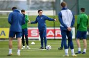 26 March 2021; Republic of Ireland coach Keith Andrews, centre, during a Republic of Ireland training session at the FAI National Training Centre in Abbotstown, Dublin. Photo by Seb Daly/Sportsfile