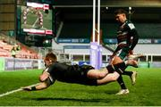 3 April 2021; Kieran Marmion of Connacht dives over to score his side's first try during the European Rugby Challenge Cup Round of 16 match between Leicester Tigers and Connacht at Welford Road in Leicester, England. Photo by Matt Impey/Sportsfile