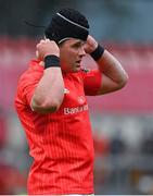 14 May 2021; CJ Stander of Munster puts on his scrum cap during the Guinness PRO14 Rainbow Cup match between Munster and Connacht at Thomond Park in Limerick. Photo by Brendan Moran/Sportsfile