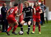 29 May 2021; Aoibheann Clancy of Wexford Youths in action against Noelle Murray, left, and Jamie Finn of Shelbourne during the SSE Airtricity Women's National League match between Shelbourne and Wexford Youths at Tolka Park in Dublin. Photo by Piaras Ó Mídheach/Sportsfile