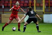 29 May 2021; Saoirse Noonan of Shelbourne in action against Edel Kennedy of Wexford Youths during the SSE Airtricity Women's National League match between Shelbourne and Wexford Youths at Tolka Park in Dublin. Photo by Piaras Ó Mídheach/Sportsfile