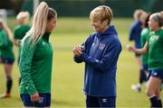 8 June 2021; Manager Vera Pauw and Aoife Colvill during a Republic of Ireland women training session at Versalavollur in Reykjavik, Iceland. Photo by Eythor Arnason/Sportsfile