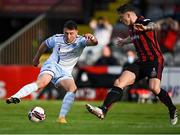 18 June 2021; Chris Lyons of Drogheda United in action against Rob Cornwall of Bohemians during the SSE Airtricity League Premier Division match between Bohemians and Drogheda United at Dalymount Park in Dublin. Photo by Piaras Ó Mídheach/Sportsfile