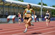 19 June 2021; Lauren McCourt of Bandon AC, Cork, on her way to winning the Junior Women's 200m during day one of the Irish Life Health Junior Championships & U23 Specific Events at Morton Stadium in Santry, Dublin. Photo by Sam Barnes/Sportsfile