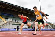 26 June 2021; John Fitzsimons of Kildare AC, left, dips for the line to win the Men's 800m ahead of Luke McCann of UCD AC, Dublin, during day two of the Irish Life Health National Senior Championships at Morton Stadium in Santry, Dublin. Photo by Sam Barnes/Sportsfile