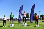 27 June 2021; Athletic's Ireland Competition Committee Member Patricia Griffin with Men's Weight for Height medallists, from left, John Dwyer of Templemore AC, Tipperary, silver, Sean Breathnach of Galway City Harriers AC, Galway, gold, and Damian Crawford of Lifford Strabane AC, Donegal, bronze, during day three of the Irish Life Health National Senior Championships at Morton Stadium in Santry, Dublin. Photo by Sam Barnes/Sportsfile