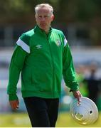 27 June 2021; Bray Wanderers coach David Dunning ahead of the EA SPORTS Women's National U19 League match between Bray Wanderers and Peamount United at Carlisle Grounds in Bray, Wicklow. Photo by Michael P Ryan/Sportsfile