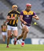 3 July 2021; Lee Chin of Wexford in action against Richie Reid of Kilkenny during the Leinster GAA Hurling Senior Championship Semi-Final match between Kilkenny and Wexford at Croke Park in Dublin. Photo by Piaras Ó Mídheach/Sportsfile