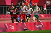31 July 2021; Mark English of Ireland, right, in action during round one of the men's 800 metres heats at the Olympic Stadium during the 2020 Tokyo Summer Olympic Games in Tokyo, Japan. Photo by Brendan Moran/Sportsfile