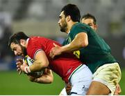 7 August 2021; Robbie Henshaw of British and Irish Lions is tackled by Damian de Allende of South Africa during the third test of the British and Irish Lions tour match between South Africa and British and Irish Lions at Cape Town Stadium in Cape Town, South Africa. Photo by Ashley Vlotman/Sportsfile