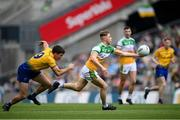 15 August 2021; Lee Pearson of Offaly in action against Ruaidhri Fallon of Roscommon during the 2021 Eirgrid GAA Football All-Ireland U20 Championship Final match between Roscommon and Offaly at Croke Park in Dublin. Photo by Stephen McCarthy/Sportsfile