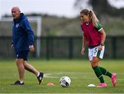 8 September 2021; Sarah Rowe and coach Dave Connell during a Republic of Ireland home-based training session at FAI Headquarters in Abbotstown, Dublin. Photo by Piaras Ó Mídheach/Sportsfile