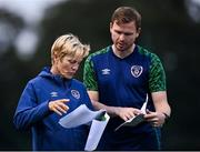 8 September 2021; Manager Vera Pauw with coach Tom Elmes during a Republic of Ireland home-based training session at FAI Headquarters in Abbotstown, Dublin. Photo by Piaras Ó Mídheach/Sportsfile