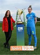 14 September 2021; TG4 presenter Máire Treasa Ní Cheallaigh with Jessica Gleeson of DLR Waves during the TG4 Women's National League Photocall at FAINT in Abbotstown, Dublin. Photo by Piaras Ó Mídheach/Sportsfile