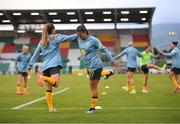 21 September 2021; Angela Beard, centre, and Clare Wheeler of Australia, left, warm-up before the women's international friendly match between Republic of Ireland and Australia at Tallaght Stadium in Dublin. Photo by Seb Daly/Sportsfile