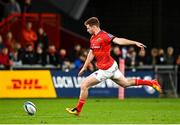 25 September 2021; Ben Healy of Munster kicks a penalty during the United Rugby Championship match between Munster and Cell C Sharks at Thomond Park in Limerick. Photo by Seb Daly/Sportsfile