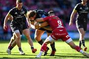 10 October 2021; Stephen Archer of Munster is tackled by Gareth Davies of Scarlets during the United Rugby Championship match between Scarlets and Munster at Parc Y Scarlets in Llanelli, Wales. Photo by Ben Evans/Sportsfile