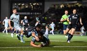 22 October 2021; Rónan Kelleher of Leinster scores his side's first try despite the efforts of Rufus McClean of Glasgow Warriors during the United Rugby Championship match between Glasgow Warriors and Leinster at Scotstoun Stadium in Glasgow, Scotland. Photo by Harry Murphy/Sportsfile