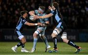 22 October 2021; Dan Leavy of Leinster offloads under pressure from Ali Price, left, and Richie Gray of Glasgow Warriors during the United Rugby Championship match between Glasgow Warriors and Leinster at Scotstoun Stadium in Glasgow, Scotland. Photo by Harry Murphy/Sportsfile