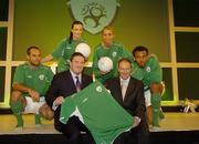 25 August 2004; Fran Rooney, CEO, FAI, with Republic of Ireland manager Brian Kerr and models, from left, Justin Manville, Karen Fitzpatrick, Katy French, and Emy Onyesoh, at the launch of the Association's new logo, website, fans club and range of merchandise in Jury's Hotel, Dublin. Picture credit; Ray McManus / SPORTSFILE