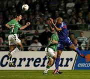 7 September 2005; Roy Keane, Republic of Ireland, in action against Thierry Henry, France. FIFA 2006 World Cup Qualifier, Group 4, Republic of Ireland v France, Lansdowne Road, Dublin. Picture credit; David Maher / SPORTSFILE