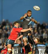 16 May 2014; Leone Nakarawa, Glasgow Warriors, wins possession in the lineout ahead of Donncha O'Callaghan, Munster. Celtic League 2013/14 Play-off, Glasgow Warriors v Munster, Scotstoun Stadium, Glasgow, Scotland. Picture credit: Diarmuid Greene / SPORTSFILE