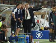 2 September 2006; Republic of Ireland manager Steve Staunton insturcts Kevin McDonald, centre, Head Coach, and goalkeeping coach Alan Kelly, before the match. Euro 2008 Championship Qualifier, Germany  v Republic of Ireland, Gottleib-Damlier Stadion, Stuttgart, Germany. Picture credit: Brian Lawless / SPORTSFILE