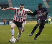 3 December 2006; Kevin Deery, Derry City, in action against Mark Rutherford, St Patrick's Athletic. FAI Carlsberg Senior Challenge Cup Final, Derry City v St Patrick's Athletic, Lansdowne Road, Dublin. Picture credit: Brian Lawless / SPORTSFILE