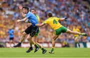 31 August 2014; Michael Darragh Macauley, Dublin, in action against Christy Toye and Paddy McGrath, right, Donegal. GAA Football All Ireland Senior Championship, Semi-Final, Dublin v Donegal, Croke Park, Dublin. Picture credit: Stephen McCarthy / SPORTSFILE