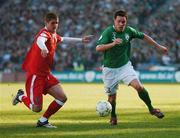 24 March 2007; Steve Finnan, Republic of Ireland, in action against Carl Robinson, Wales. 2008 European Championship Qualifier, Republic of Ireland v Wales, Croke Park, Dublin. Picture credit: David Maher / SPORTSFILE