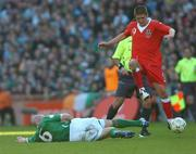 24 March 2007; Lee Carsley, Republic of Ireland, in action against Carl Robinson, Wales. 2008 European Championship Qualifier, Republic of Ireland v Wales, Croke Park, Dublin. Picture credit: Brian Lawless / SPORTSFILE