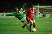 15 February 1995; Peter Beardsley, England, is tackled by Andy Townsend, Republic of Ireland. International Friendly, Republic of Ireland v England, Lansdowne Road, Dublin. Picture credit; David Maher / SPORTSFILE