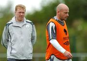 5 September 2007; Republic of Ireland's Lee Carsley watched by manager Steve Staunton, left, during squad training. Republic of Ireland Squad Training, Gannon Park, Malahide, Co. Dublin. Picture credit; David Maher / SPORTSFILE