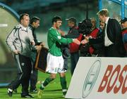 8 September 2007; Steve Staunton, Republic of Ireland manager shakes hands with Stephen Ireland, after he was subsituted during the second half. 2008 European Championship Qualifier, Slovakia v Republic of Ireland, Slovan Stadion, Tehelné Pole, Bratislava, Slovakia. Picture credit; David Maher / SPORTSFILE
