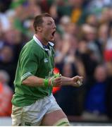 20 October 2001; Ireland's Eric Miller celebrates at the final whistle. Ireland v England, Six Nations Championship, Lansdowne Road, Dublin. Picture credit: Brendan Moran / SPORTSFILE