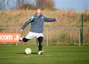 4 February 2008; Republic of Ireland's Lee Carsley in action during squad training. Republic of Ireland squad training, Gannon Park, Malahide, Co. Dublin. Picture credit; Stephen McCarthy / SPORTSFILE