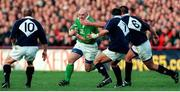 19 February 2000; Keith Wood, Ireland, in action against Gregor Townsend, 10, Anthony Pountney, 7, and Martin Leslie, Scotland. Six Nations Rugby International, Ireland v Scotland, Lansdowne Road, Dublin. Picture credit: Damien Eagers / SPORTSFILE