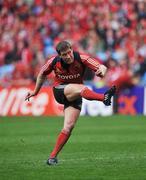 27 April 2008; Ronan O'Gara, Munster. Heineken Cup Semi-Final, Saracens v Munster, Ricoh Arena, Coventry, England. Picture credit: Brendan Moran / SPORTSFILE *** Local Caption ***