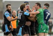 25 April 2015; Robbie Henshaw, Connacht,  in dispute with Peter Horne, Glasgow, Warriors during a second half exchange. Guinness PRO12, Round 20, Connacht v Glasgow Warriors. Sportsground, Galway. Picture credit: Oliver McVeigh / SPORTSFILE